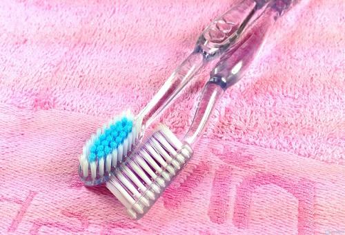 Chải răng thường xuyên sao vẫn không không sạch?