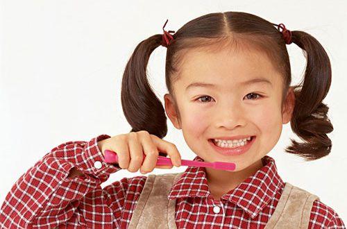 Sâu răng khiến người bệnh cảm thấy không thoải mái.