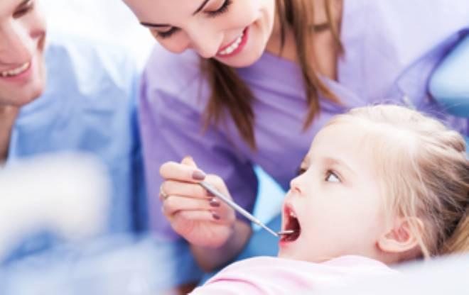 Dịch vụ nha khoa trẻ em an toàn hiệu quả