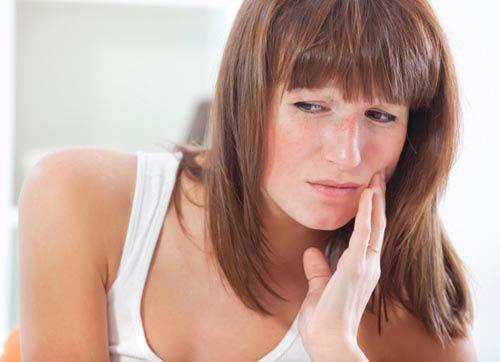 Răng đau nhức khi mang thai phải làm sao?