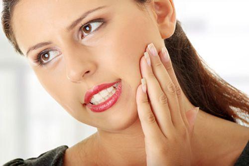 Triệu chứng và dấu hiệu khi mọc răng khôn
