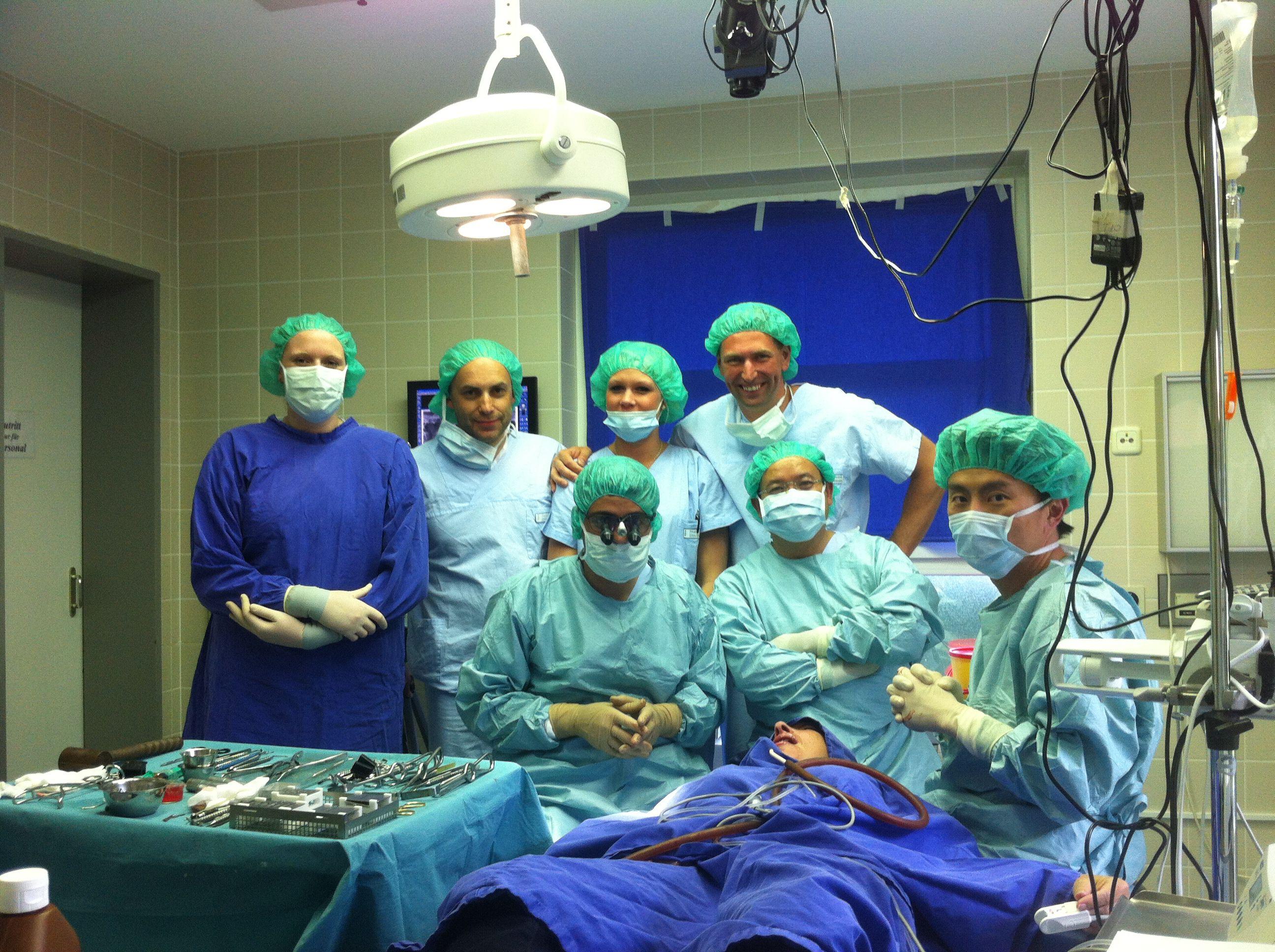 Biến chứng sau cấy ghép implant